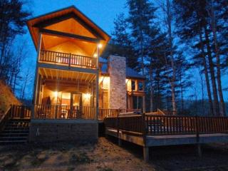 Nice House with Mountain Views and Fireplace - Almond vacation rentals