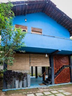 Mirissa Beach House. A private beach house for 6. - Mirissa vacation rentals