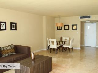 OCEANFRONT 2BR 2BA MIAMI BEACH (JUNIOR) at SEACOAS - Miami Beach vacation rentals