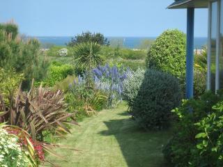 Bright Villa in Roscoff with Internet Access, sleeps 10 - Roscoff vacation rentals