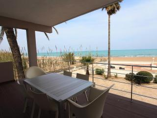 STUNNING HOUSE FACING A QUIET BEACH - Costa Blanca vacation rentals