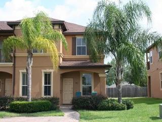 Large 4BR end unit  minutes from Disney free WiFi - Davenport vacation rentals