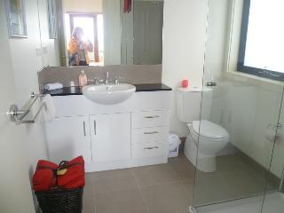 4 bedroom Townhouse with Internet Access in Melbourne - Melbourne vacation rentals