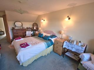 Grange Farm Bed and Breakfast is to be recommened - Wootton vacation rentals