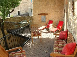 Maison Mirabelle - Saint-Victor-la-Coste vacation rentals