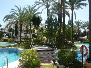 Aldea Blanca Walking distance to Puerto Banus - Oxon Hill vacation rentals