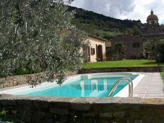 Cortona walking distance villa - Cortona vacation rentals