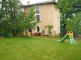 gite nature bourgogne du sud piscine - Laiz vacation rentals