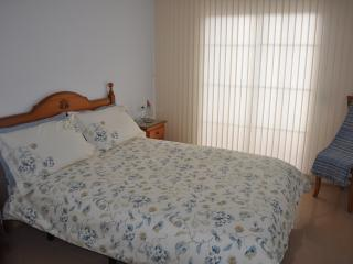 Bright 2 bedroom Condo in Burriana - Burriana vacation rentals