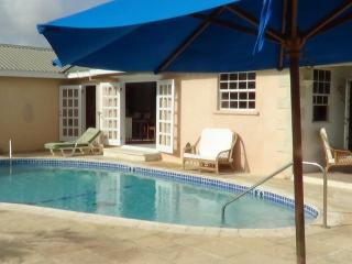 4 bedroom Bungalow with Internet Access in Speightstown - Speightstown vacation rentals
