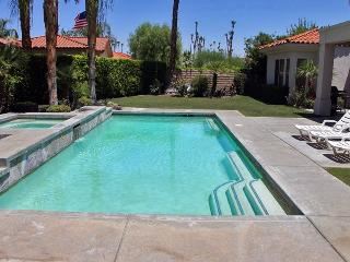 Nestled in Araby Cove - Palm Springs vacation rentals