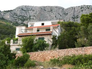 Perfect 2 bedroom Villa in Hvar Island with Internet Access - Hvar Island vacation rentals