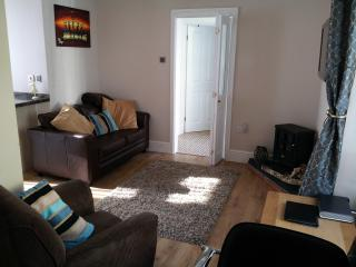 2 bedroom Condo with Internet Access in Llangrannog - Llangrannog vacation rentals