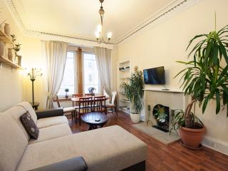 3 BEDROOM BEAUTIFUL SPACIOUS A - Midlothian vacation rentals