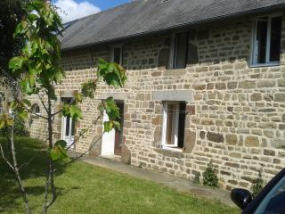 Comfortable Cottage with Dishwasher and Garden in Domfront - Domfront vacation rentals