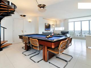 Charming Penthouse with Internet Access and A/C - Montgat vacation rentals