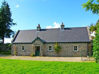 Charming 4 bedroom Cottage in Knockananna - Knockananna vacation rentals