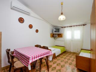 Apartments Edi - 10691-A1 - Prvic Luka vacation rentals