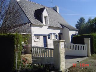 House in quiet village with en - Benodet vacation rentals