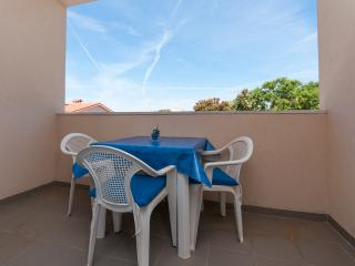 Apartments Anđelika - 25261-A8 - Vidalici vacation rentals