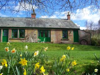 1 bedroom Cottage with Washing Machine in Grandtully - Grandtully vacation rentals