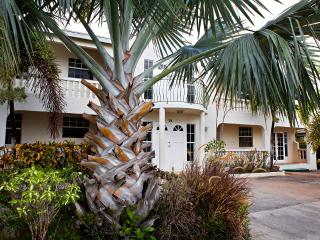 2 bedroom Condo with Internet Access in Atlantic Shores - Atlantic Shores vacation rentals