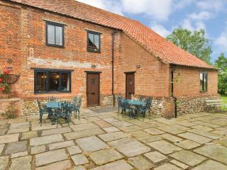 Beautiful Barn with Internet Access and Satellite Or Cable TV - Fakenham vacation rentals