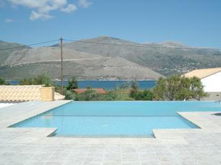 Bright Lixouri vacation Villa with A/C - Lixouri vacation rentals