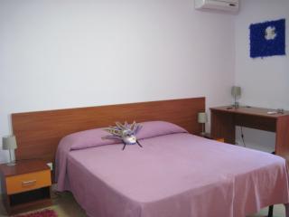 Cozy 3 bedroom Santa Venerina Bed and Breakfast with Internet Access - Santa Venerina vacation rentals