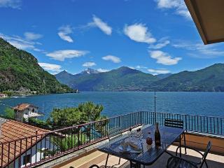 Bright 1 bedroom Apartment in Menaggio - Menaggio vacation rentals