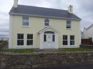 Strand View Narin Portnoo on The Wild Atlantic Way - Narin vacation rentals