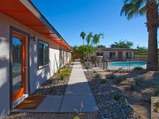 LUXURY PALM SPRINGS VILLAS !  Close to downtown - Palm Springs vacation rentals