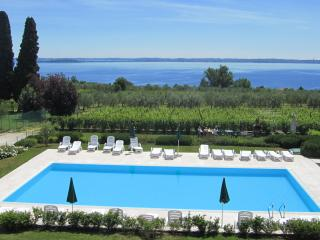 CorteFerrari: 2Bdr. Standard,pool, lake view, WIFI - Moniga del Garda vacation rentals