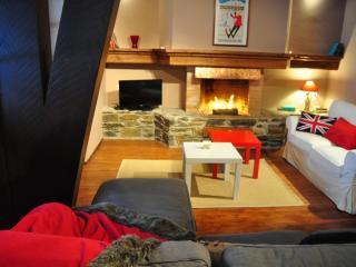 Superb chalet near the slopes - El Tarter vacation rentals
