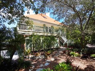 Pet friendly vacation home in Gumbo Limbo - Sanibel Island vacation rentals