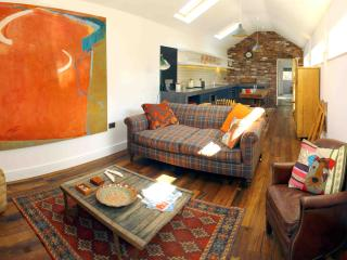 Boutique Mews Cottage Didsbury - Greater Manchester vacation rentals