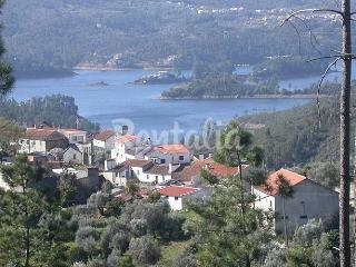 Nice Cottage with Internet Access and Central Heating - Sardoal vacation rentals