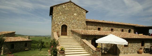 7 bedroom Apartment in Borgo Santa Rita, Siena Area, Tuscany, Italy : ref 2230352 - Image 1 - Poggio alle Mura - rentals
