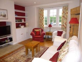 Charming 2 bedroom Oxford House with Internet Access - Oxford vacation rentals