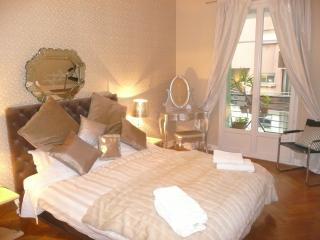 Art Deco Cote D'Azur Apartment - Nice vacation rentals