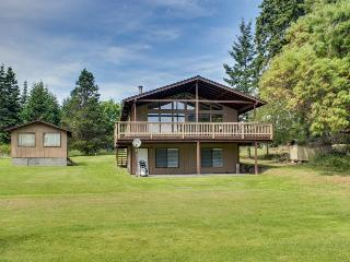 Tranquil bayfront home with a covered deck & large lawn, close to the beach! - Lopez Island vacation rentals