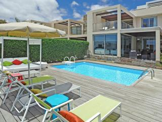 Holiday villa with 3 bedrooms and pool - Santa Brigida vacation rentals