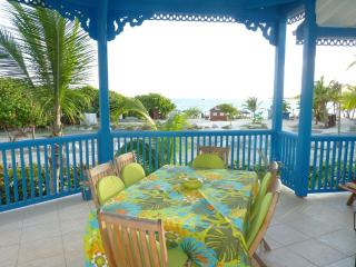 Newly renovated apartment with 2 bedrooms, 2 bathrooms and a sea view - Orient Bay vacation rentals