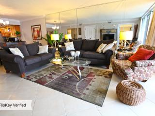 Shoreline Towers Oceanfront Beautifully Renovated - Destin vacation rentals
