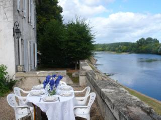 Charming 5 bedroom House in Flaujagues with Internet Access - Flaujagues vacation rentals