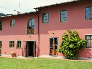 Villa Campioni: hilltop, pool, wheelchair friendly - Colle di Buggiano vacation rentals