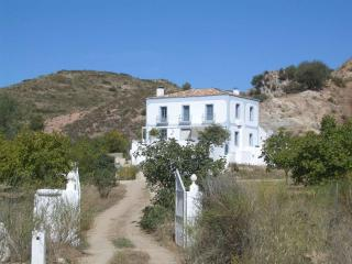 vega de salas to relax in authentic Andalucia - El Burgo vacation rentals
