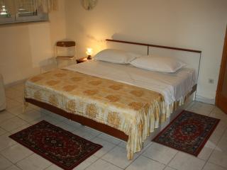 Studio Apartment Stobrec - Stobrec vacation rentals