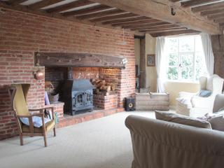 Gorgeous Cottage with Internet Access and Satellite Or Cable TV - Saxmundham vacation rentals