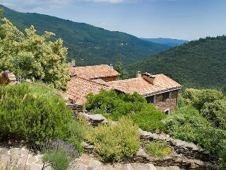 Mas du Coupétadou en Cévennes - Vialas vacation rentals